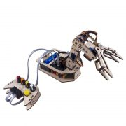 image of An articulated robot arm 4 axis Arduino